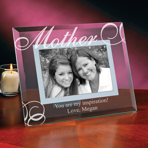 "Personalized ""Mom"" Glass Frame"
