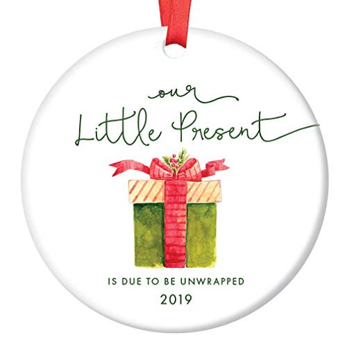 Christmas Gifts For Parents 2019.Our Little Present 2019 Pregnancy Announcement Ornament Expecting Parents Porcelain Ceramic Ornament 3 Flat Circle Christmas Ornament Glossy Glaze