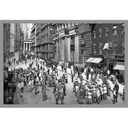 Originally published in 1895 Moses Kings Kings photographic views of New York became an annual publication until 1915  The photographs and drawings became a key purchase of all visitors to the Big App (New York Times App)