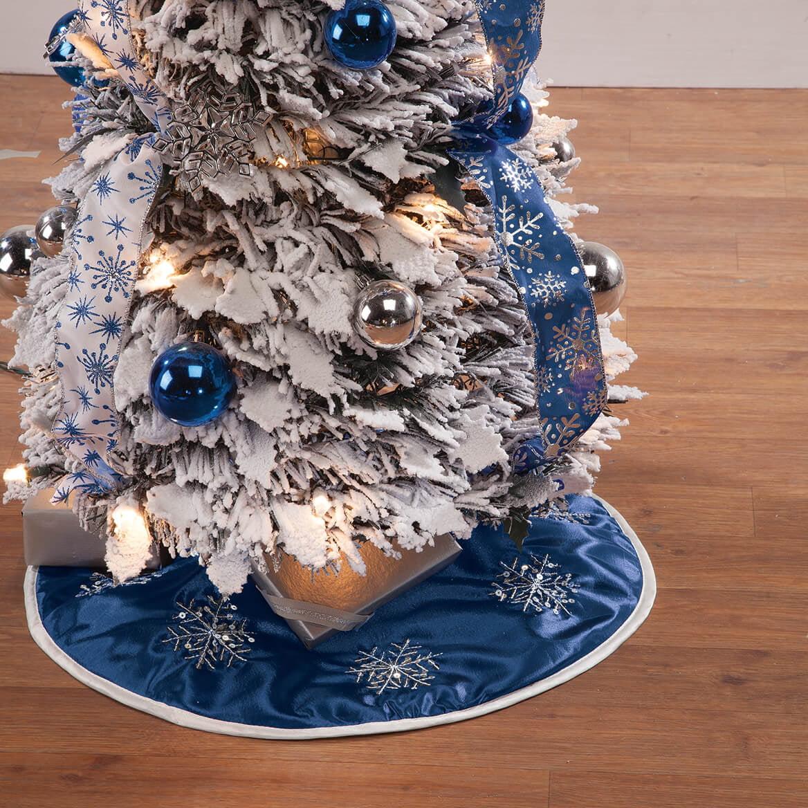 Frosted Winter Style Snowflake Tree Skirt 20 Inch Walmart Com Walmart Com