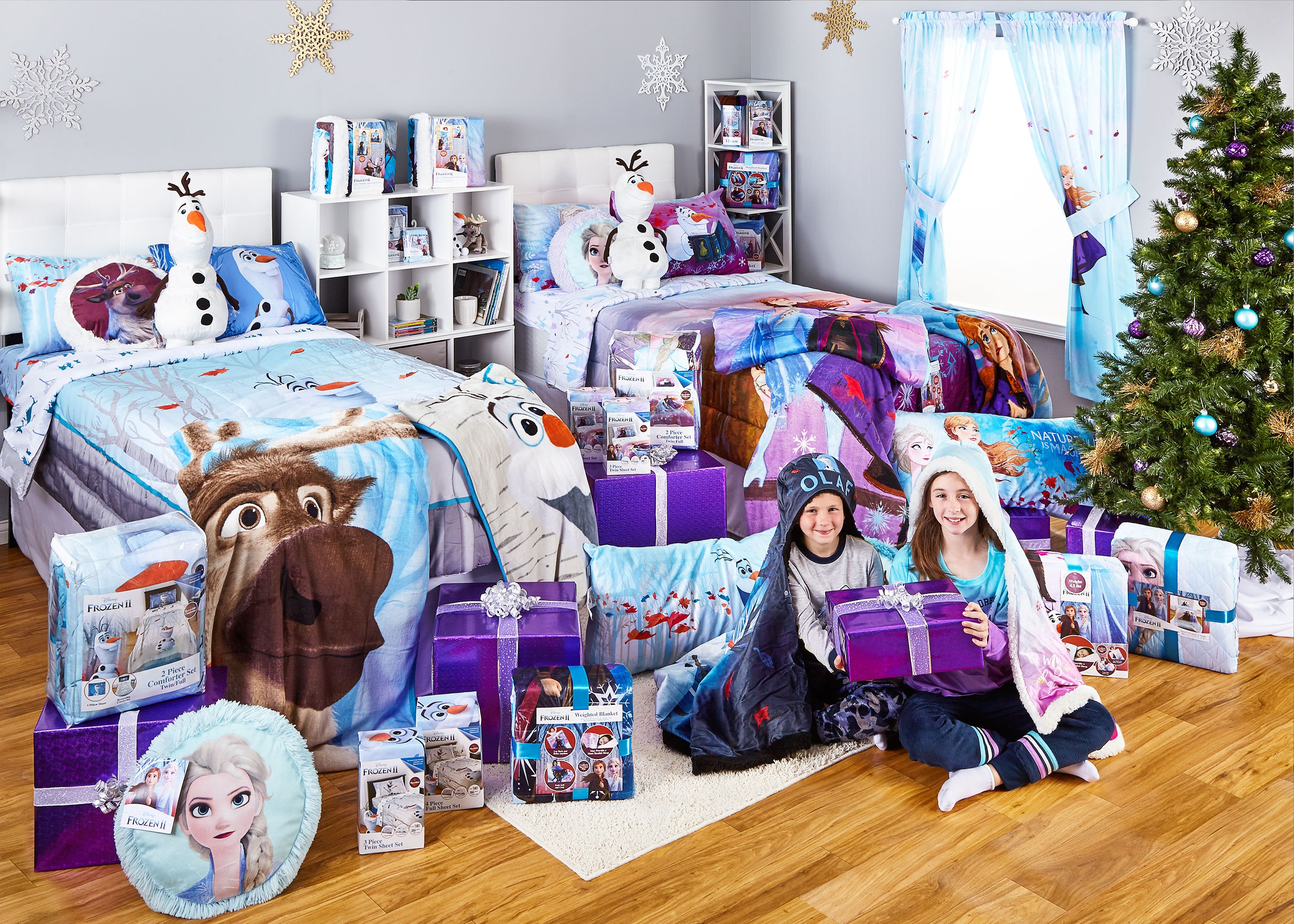 Disney Frozen Blocked Quilt 36W x 43L Blanket Perfect Gift baby crib toddler blanket bedding girls snowflake backing Napping Quilt