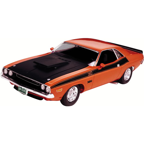 Revell 1:24 Scale '70 Dodge Challenger Model Kit
