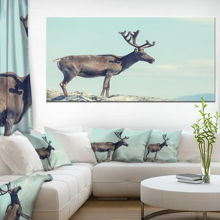 Large Reindeer in Norway - Abstract Canvas Art Print - image 3 de 3