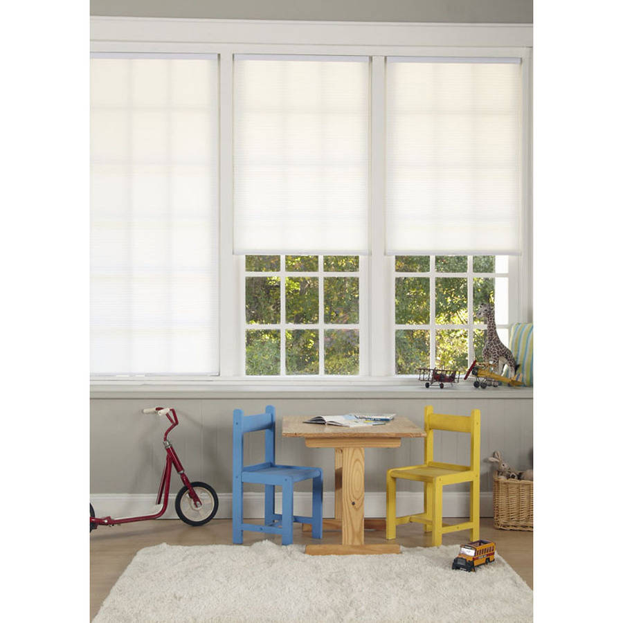Regal Estate Cordless Pleated Light Filtering Shade, White