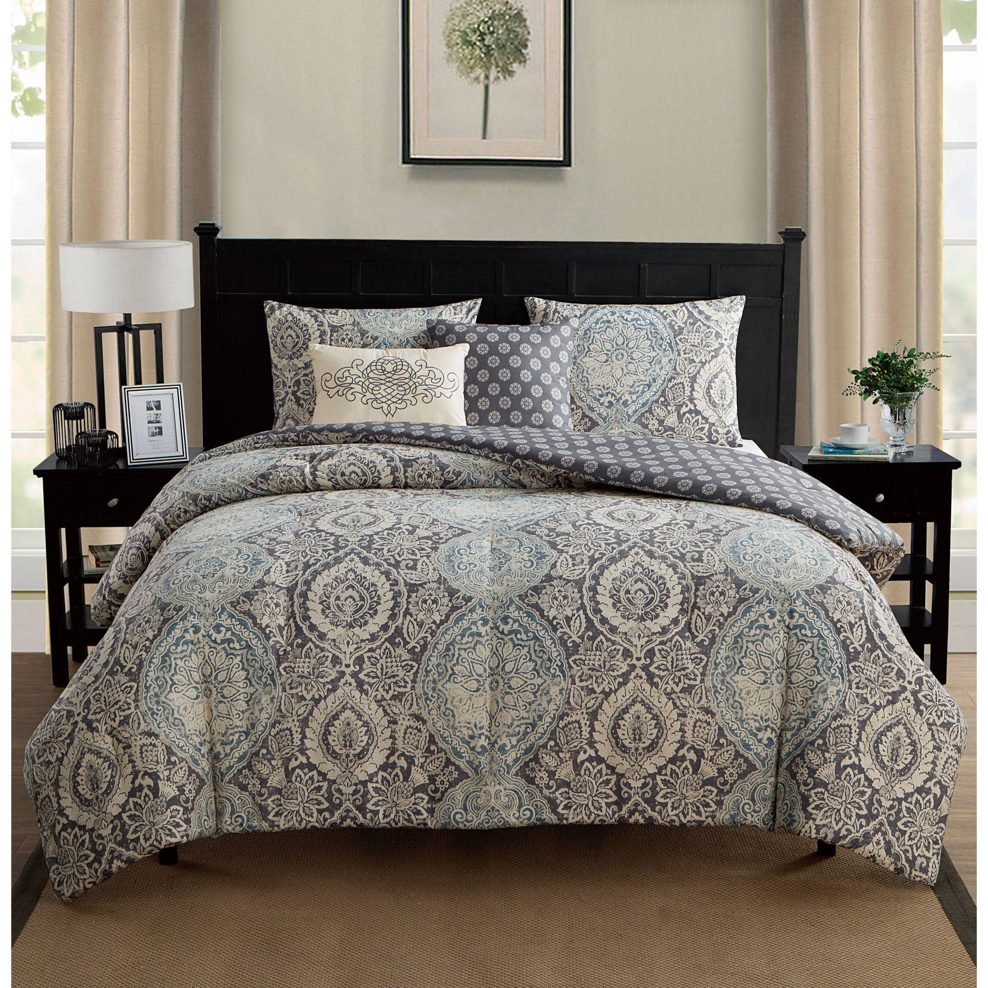 VCNY Home Victoria Floral Medallion 5-Piece Reversible Bedding Comforter Set with Decorative Pillows