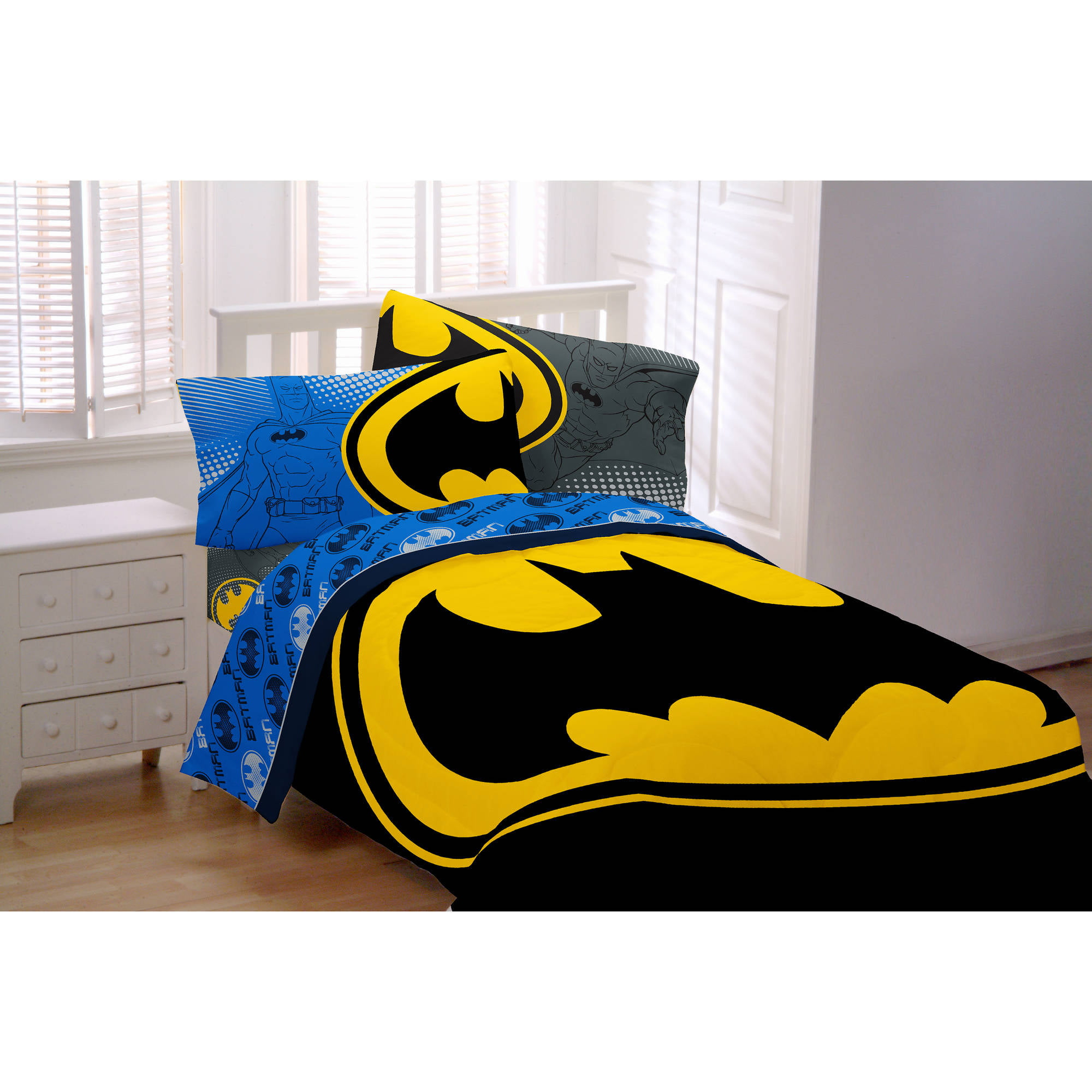 Batman Glowing Bat Symbol Microfiber Twin Reversible Bedding Comforter by Franco