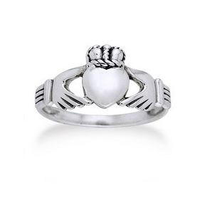 Clasic Sterling Silver Celtic Claddagh Wedding Band Ring