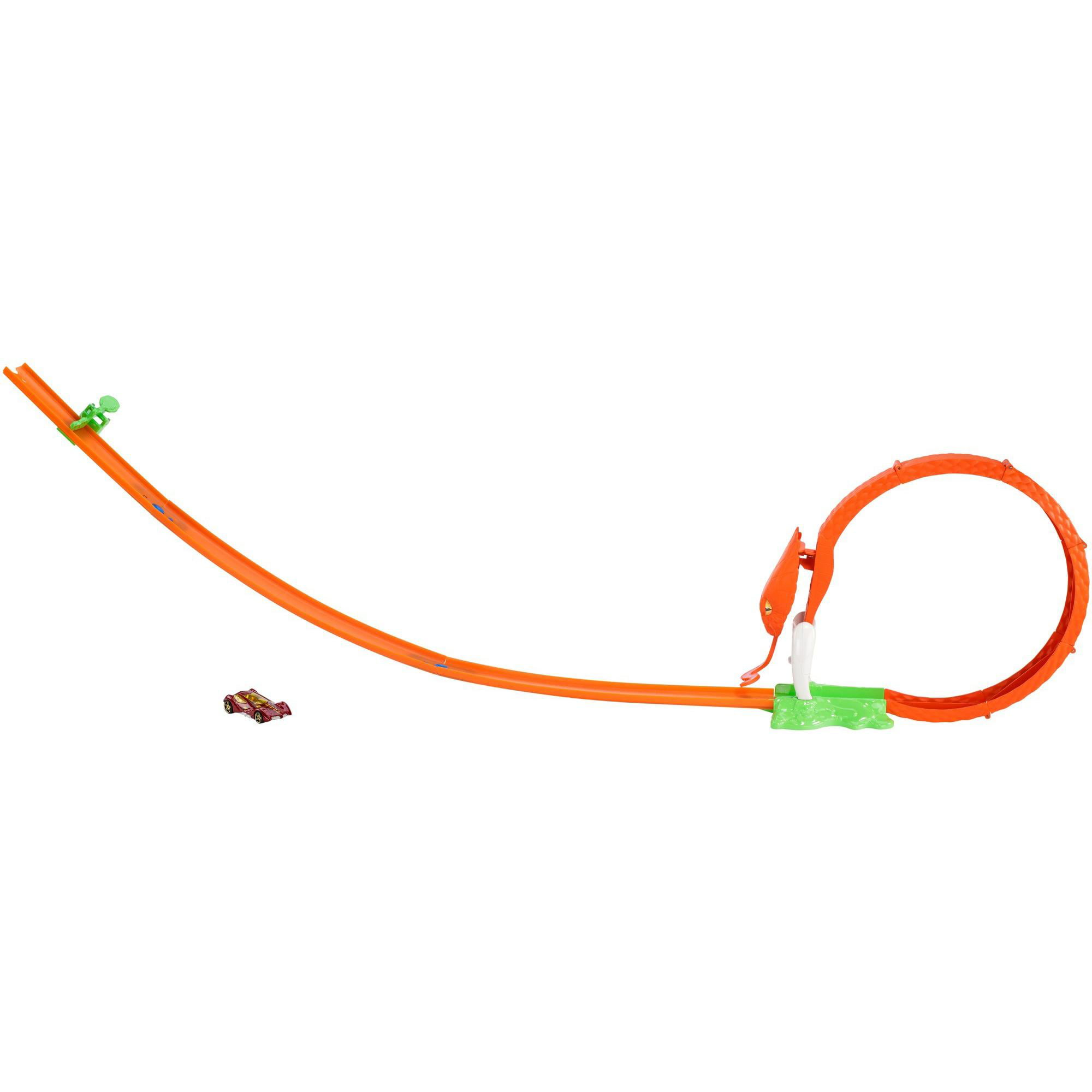 Hot Wheels Cobra Coil Trackset by Mattel