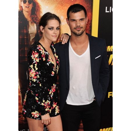 Kristen Stewart Taylor Lautner At Arrivals For American Ultra Premiere The Ace Hotel Downtown Los Angeles Ca August 18 2015 Photo By Dee CerconeEverett Collection Celebrity - Party Supplies Downtown Los Angeles