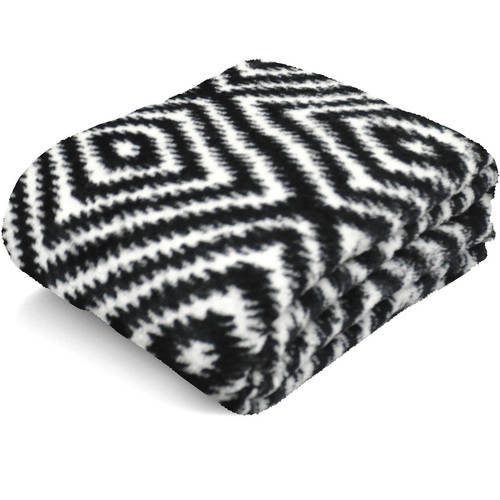 "Mainstays 50"" x 60""  Microplush Throw"