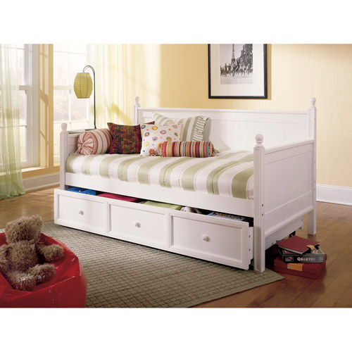 Casey II Wood Daybed With Ball Finials And Roll Out Trundle Drawer, White  Finish,