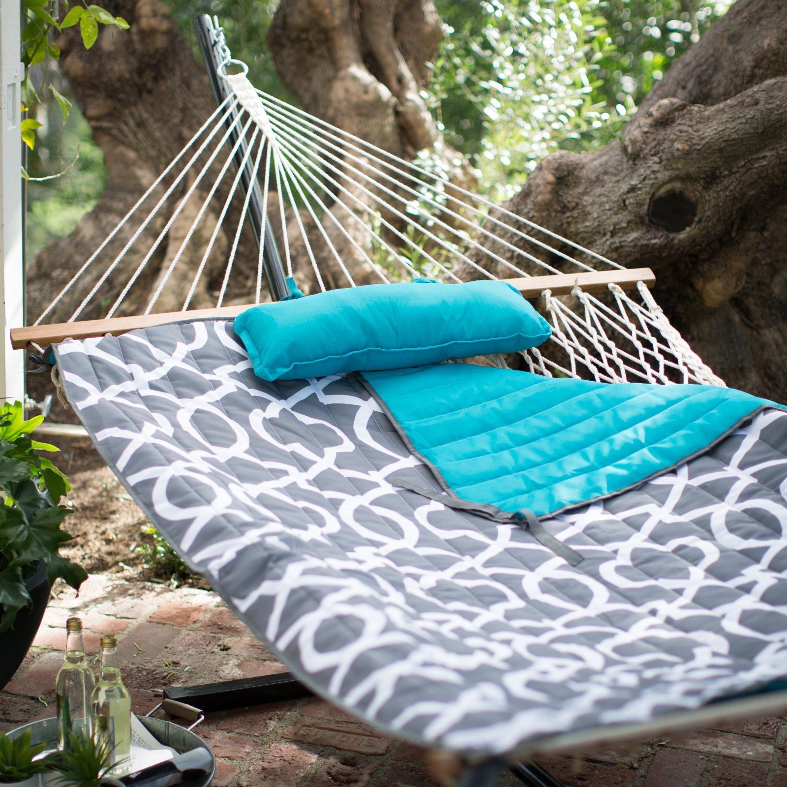 Algoma 11-ft. Cotton Rope Hammock with Metal Stand Deluxe Set by Algoma Net Co