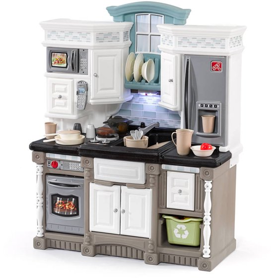 Step2 Lifestyle Dream Kitchen with 37 Piece Play Food