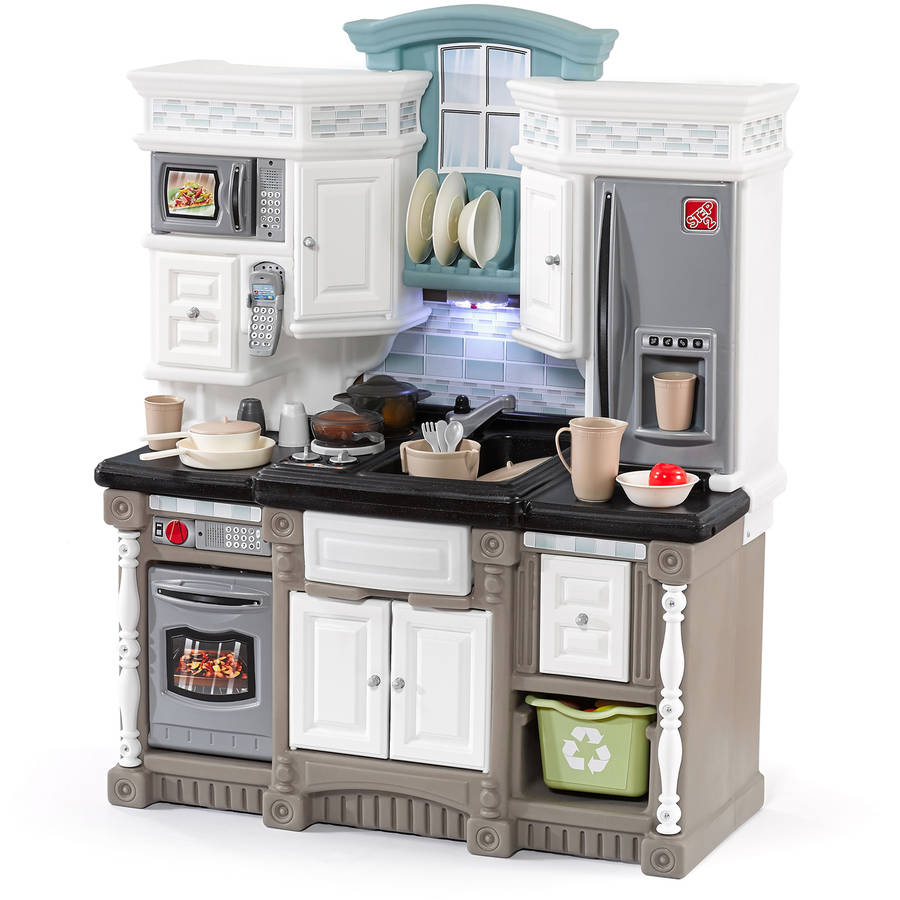 Step2 Lifestyle Dream Kitchen Includes 20-piece Accessory Set