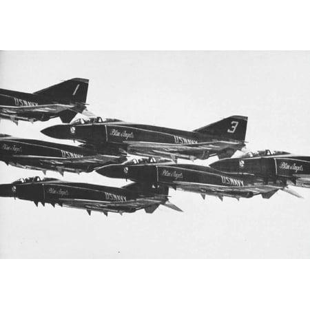 LAMINATED POSTER McDonnell Douglas F-4J Phantoms of the U.S. Navy flight demonstration team Blue Angels in 1969. Poster Print 24 x 36