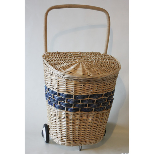 Desti Design Wicker Laundry Hamper