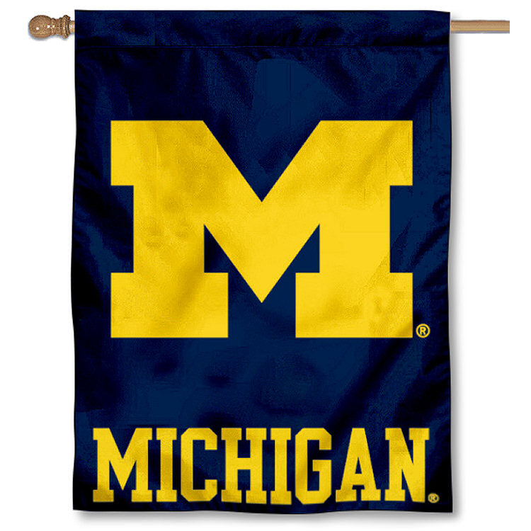 """Michigan Wolverines 30"""" x 40"""" House Flag and Banner"""