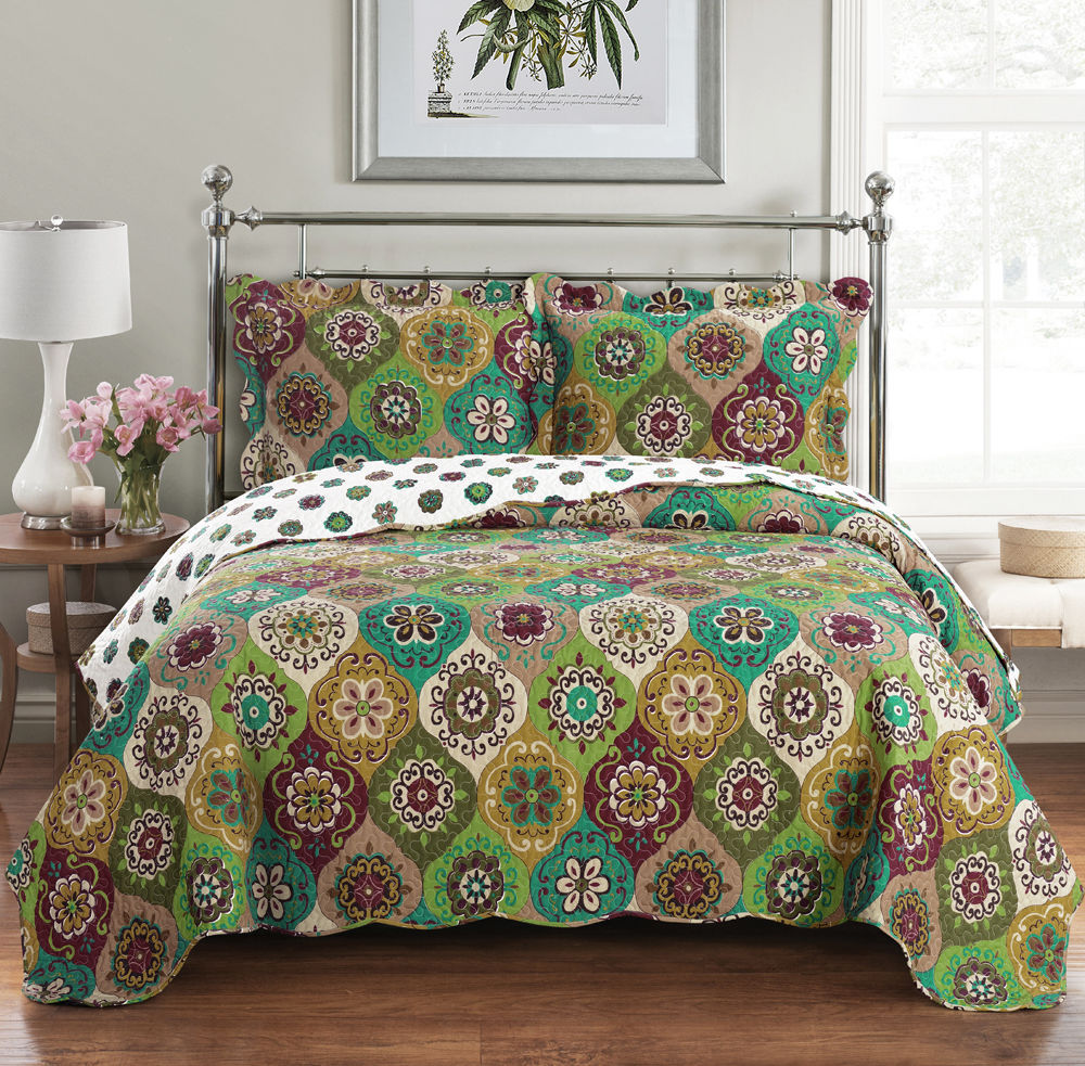 Regency eLuxurySupply - Reversible Oversized 3-Piece Quilted Coverlet Set With Stitched Pattern
