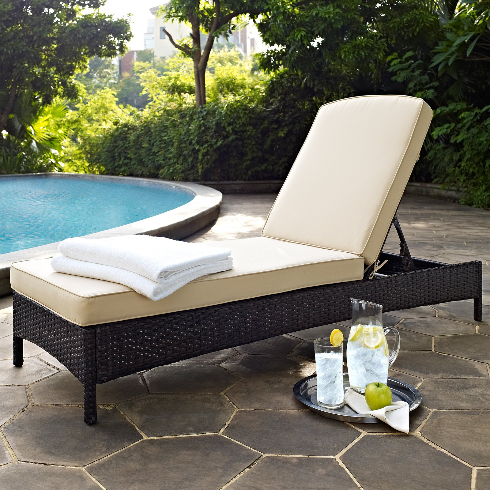 crosley furniture palm harbor outdoor wicker chaise lounge. Black Bedroom Furniture Sets. Home Design Ideas
