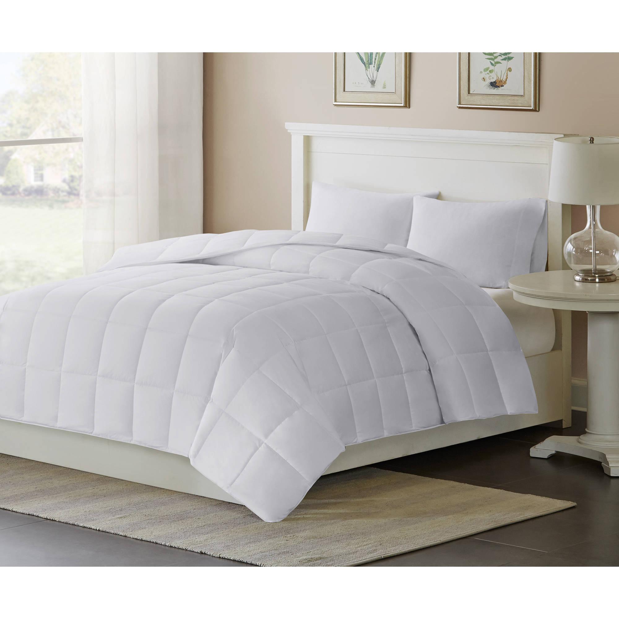 Comfort Classics 3M Thinsulate Down Alternative Comforter, Level 2