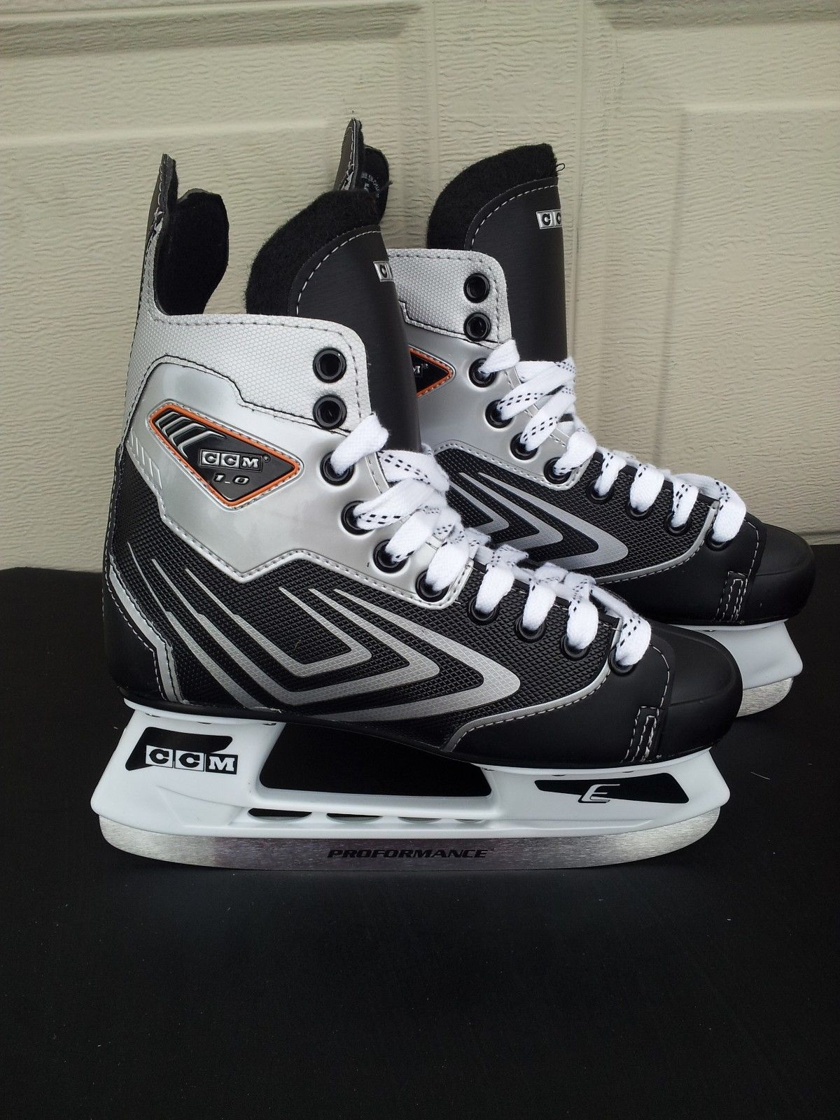 CCM Vector 1.0 Youth Ice Hockey Skates by
