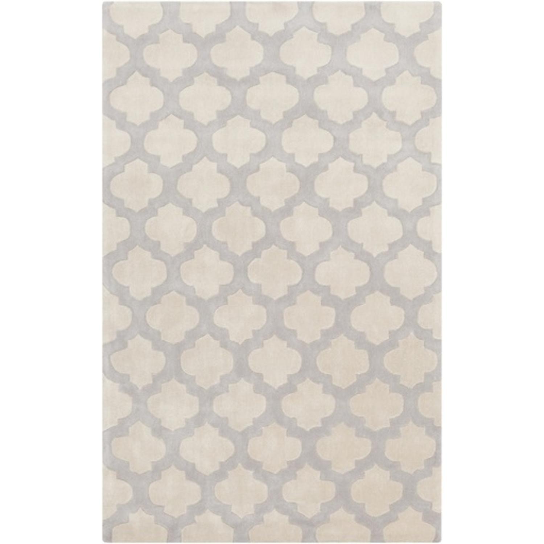 3.5' x 5.5' Contempo Quatrefoil Gray and Beige Hand Tufted Area Throw Rug