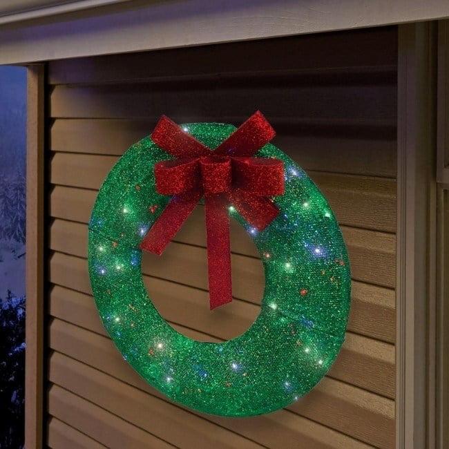 Sylvania   Illuminet  Wreath  LED Yard Art  Green  Mesh  1 pk
