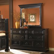 Pulaski Brookfield 7 Drawer Dresser
