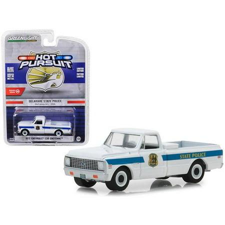 1972 Chevrolet C10 Cheyenne Pickup Truck Delaware State Police Hot Pursuit Series 29 1/64 Diecast Model Car by Greenlight (1967 1972 Chevrolet C10 C20 K10 Cheyenne Pickups)