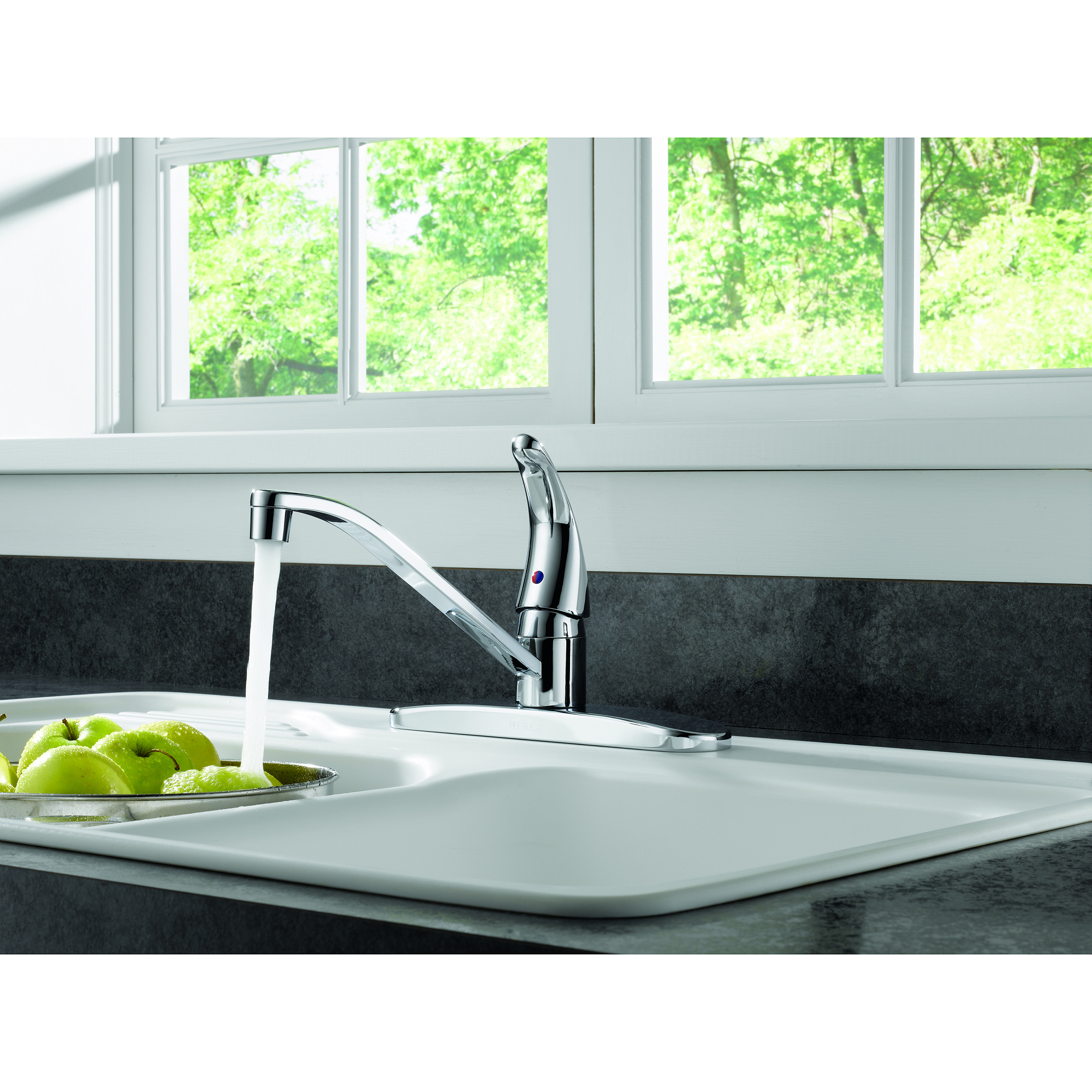 Peerless Single Handle Kitchen Faucet with Single Lever Control, Chrome