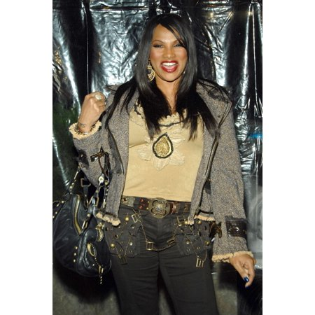 Sandra Pepa Denton At Arrivals For I Am Legend Premiere Wamu Theatre At Madison Square Garden New York Ny December 11 2007 Photo By George TaylorEverett Collection