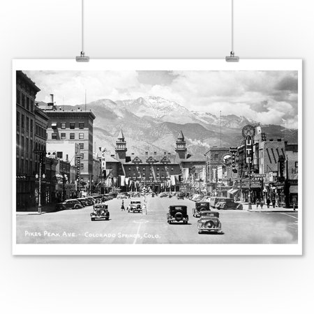 Colorado Springs, Colorado - Pikes Peak Ave View of Antlers Hotel and Pikes Peak (9x12 Art Print, Wall Decor Travel Poster) (Antler Peak)