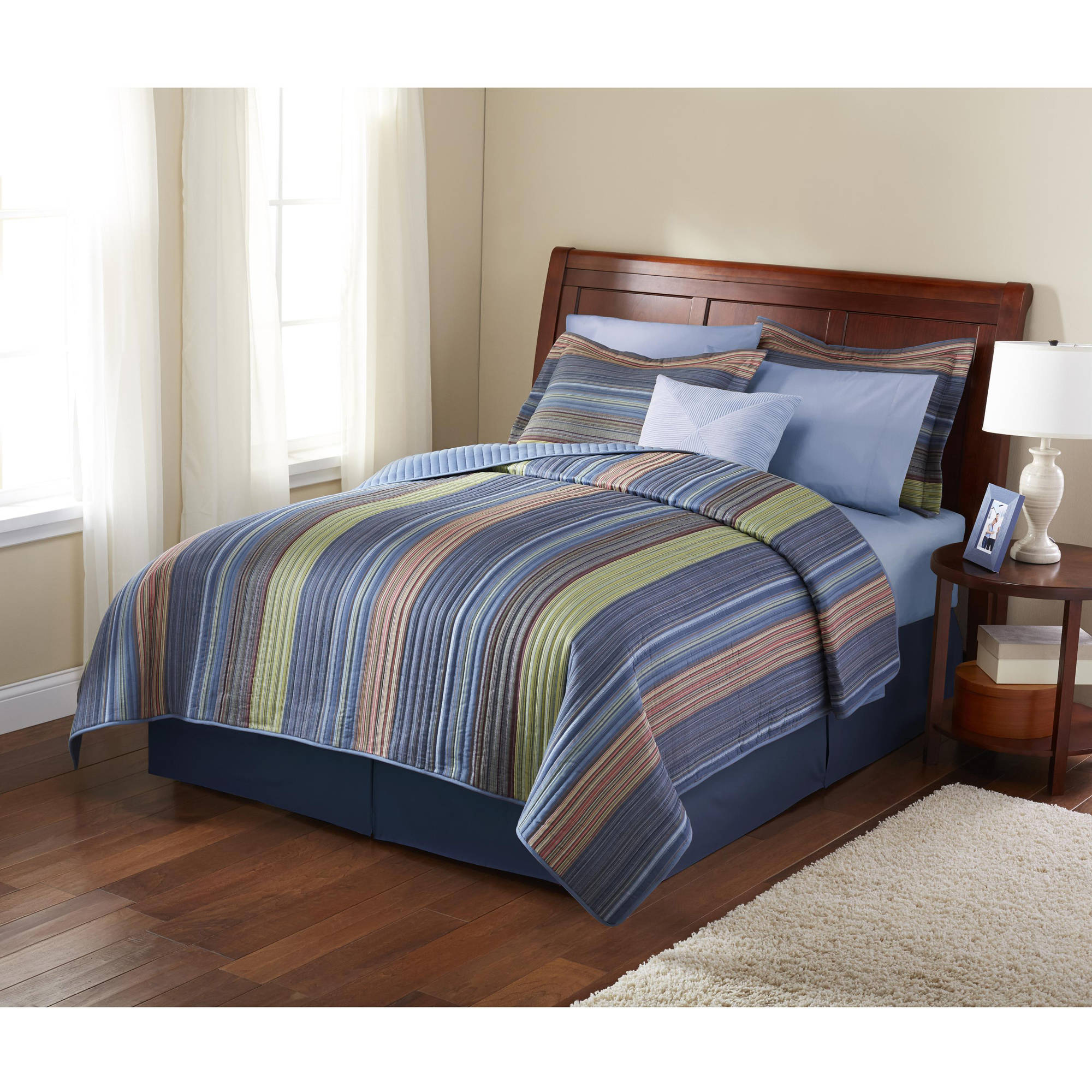 Mainstays Aztec Stripe Printed Quilt, King by