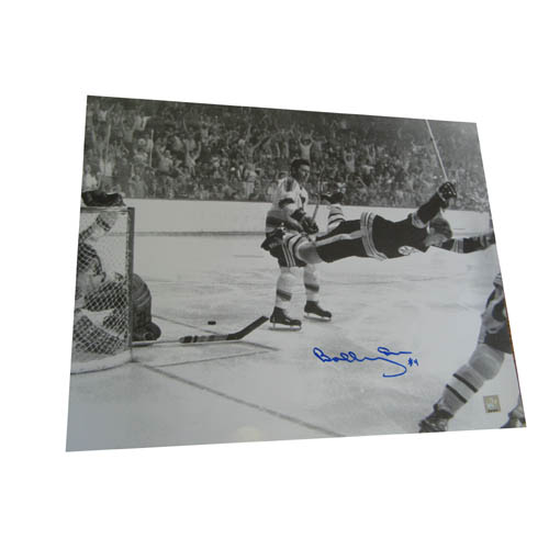 Autographed Bobby Orr 16-By-20-Inch Unframed Flyin