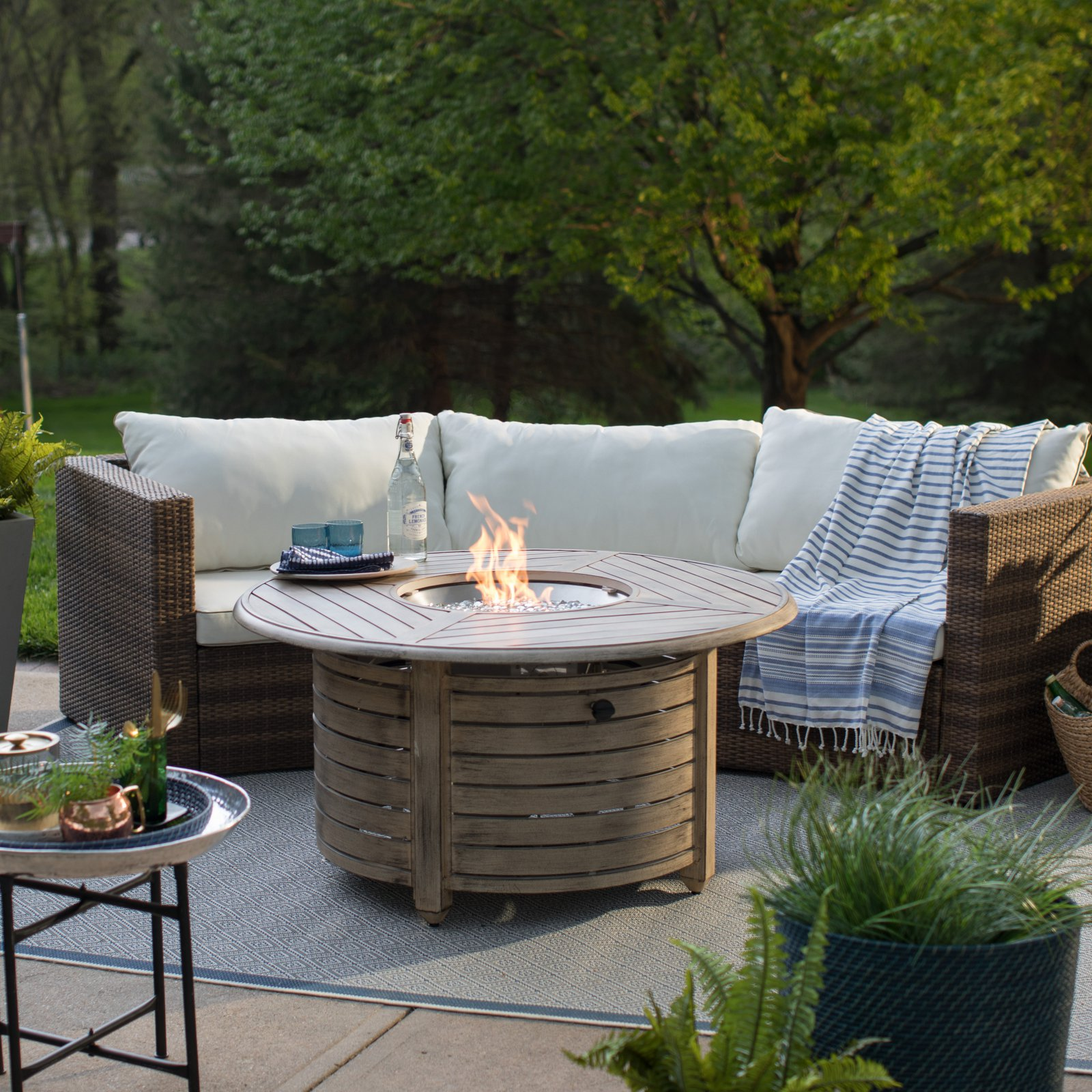 Red Ember 47 in Willow Round Propane Gas Fire Pit Table Walmartcom