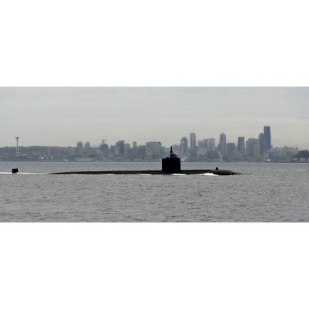 Canvas Print The Los Angeles-class fast-attack submarine USS Albuquerque (SSN 706) passes by Seattle en route to Stretched Canvas 10 x