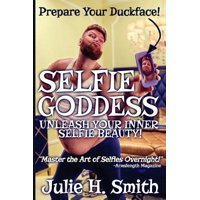 Selfie Goddess : [Novelty Notebook]