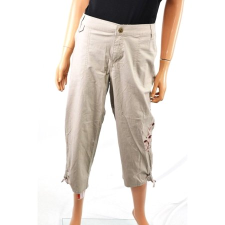 (Style&co Women Beige Embroidered  Mid-Rise Cotton Capri Cropped Pant 14)