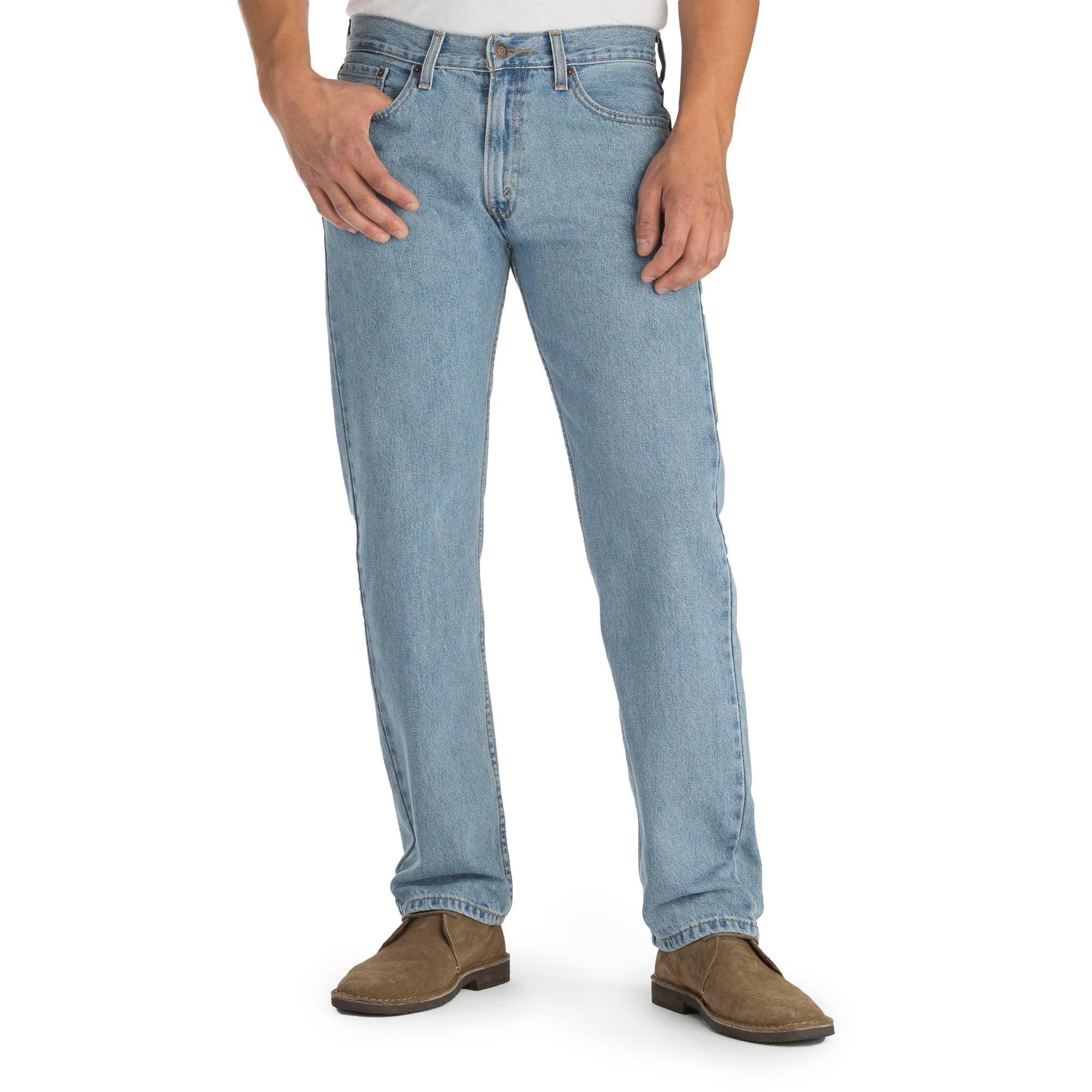 La Vela Pee Sus Pantalones Y Los Pantalones Vaqueros