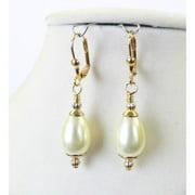 Palmtree Gems Louise' Pearl Teardrop Earrings