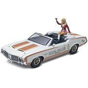 revell 1972 oldsmobile 442 pace car with figure
