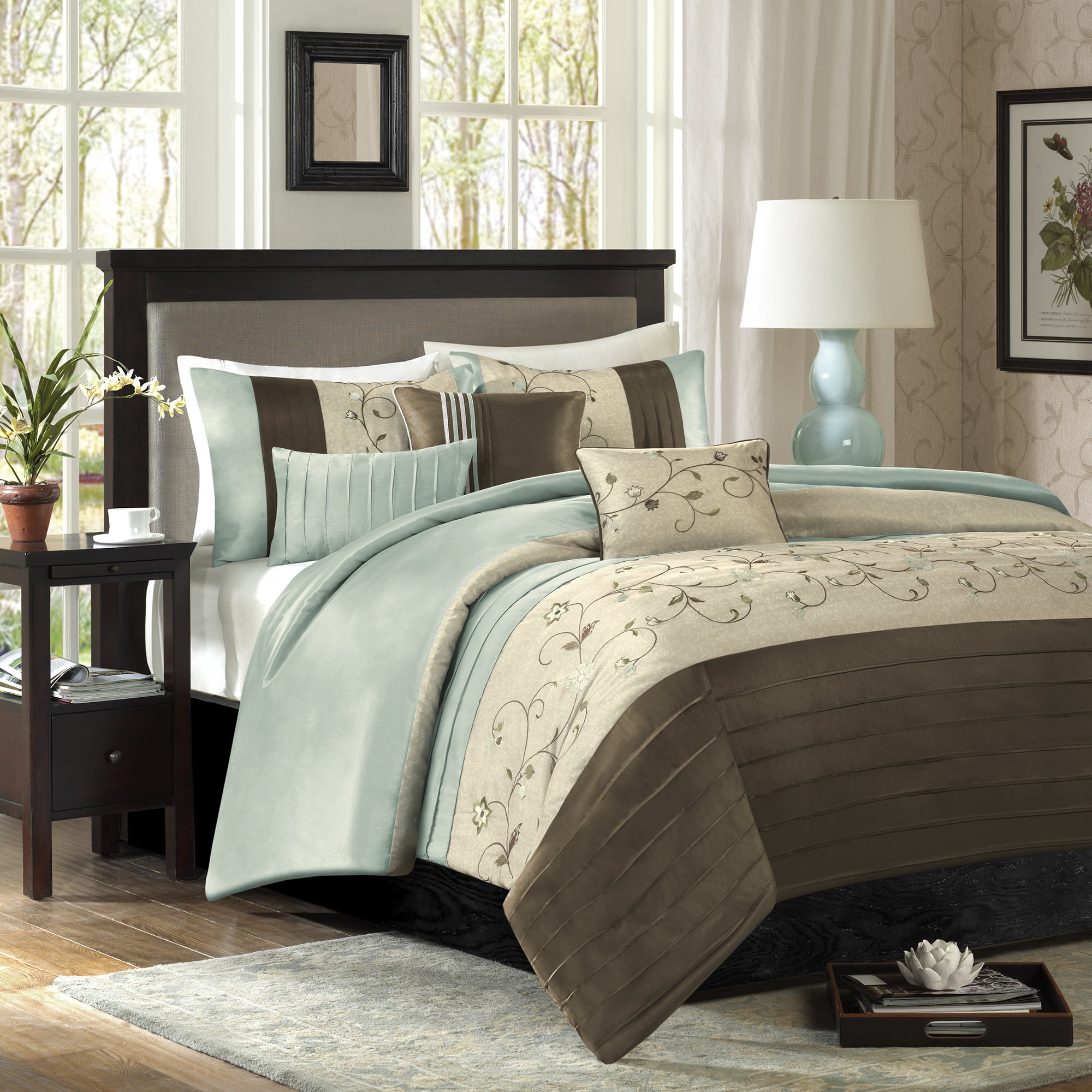 Monroe 7 Piece Embroidered Comforter Set - Blue (California King)