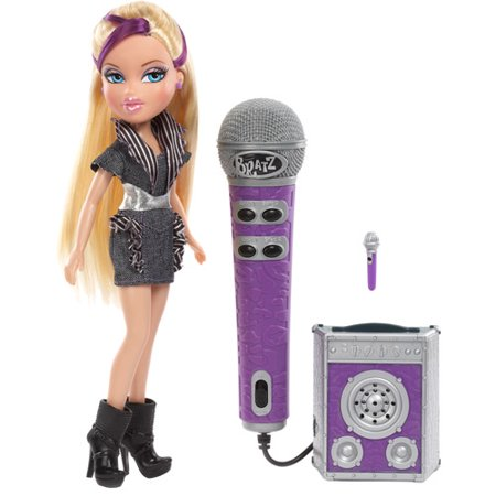- Bratz On The Mic Cloe Doll Sing Along with Working Microphone & Speaker