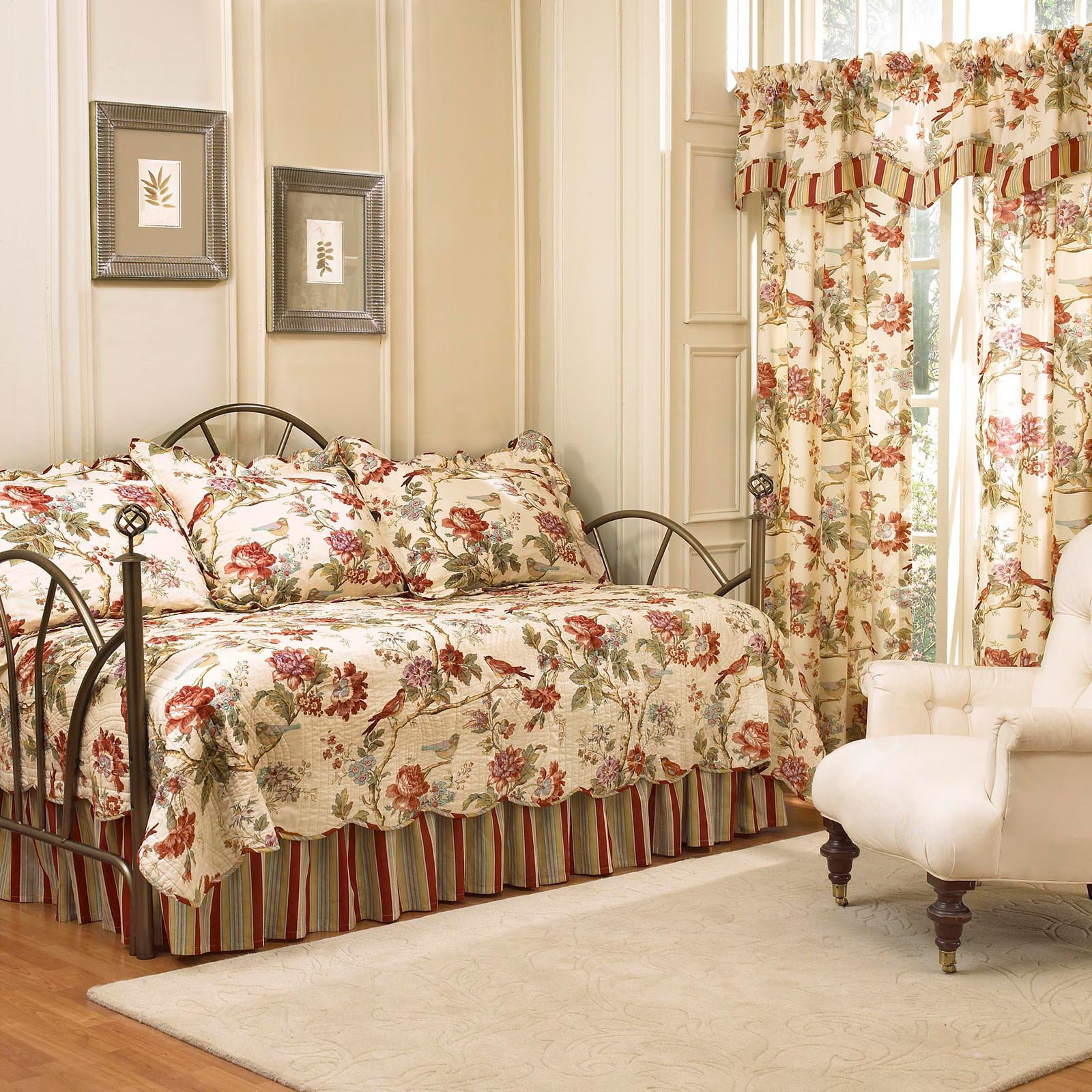 Waverly Charleston Chirp 5-Piece Daybed Quilt Set