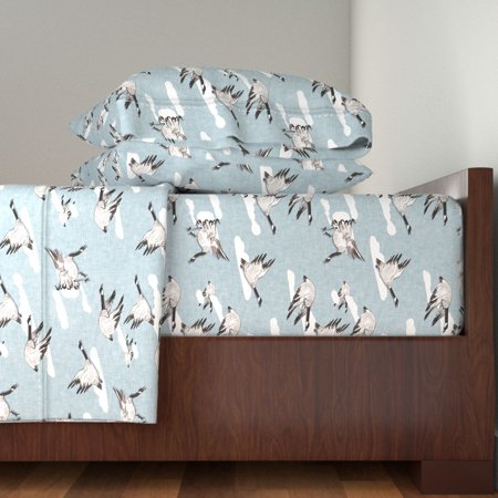 Flying South Custom Baby Bird Goose 100% Cotton Sateen Sheet Set by Roostery ()