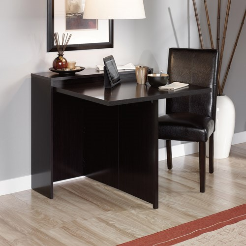 Superbe Sauder Fold Away Table, Wind Oak