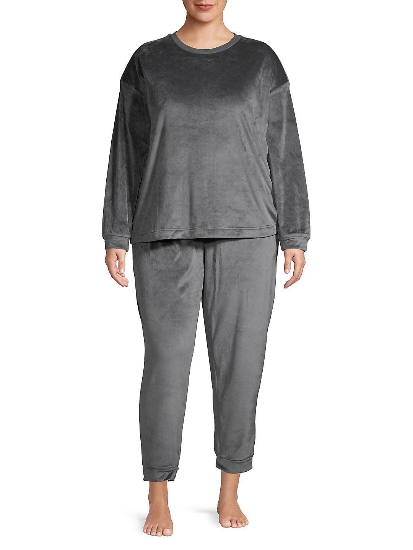 Plus Two-Piece Fleece Pajama Set