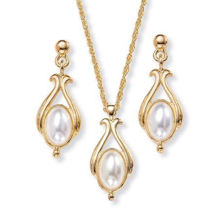- Oval Pearl Drop Pendant Necklace and Earrings Set in Yellow Gold Tone