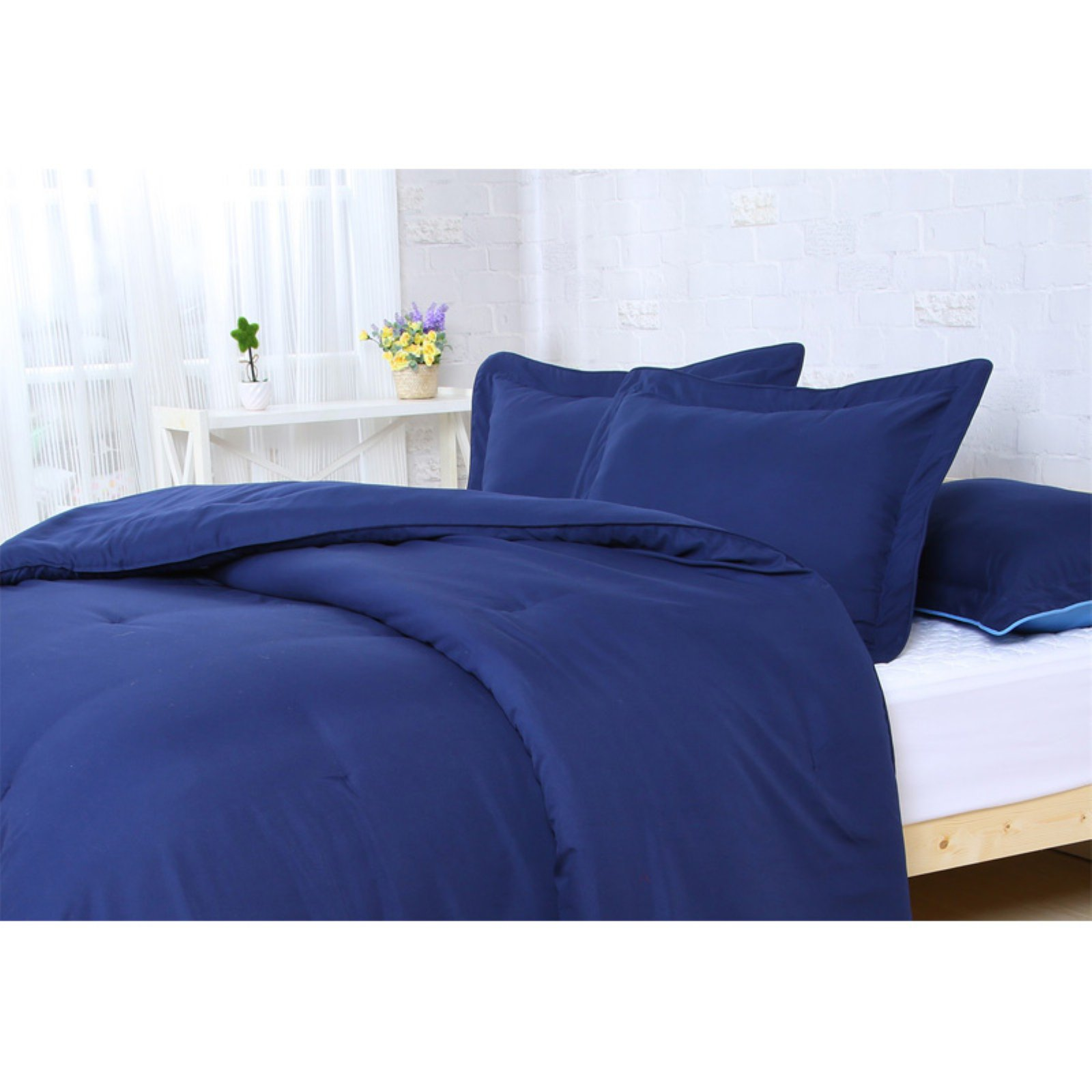 Microfiber Comforter Set by Affluence