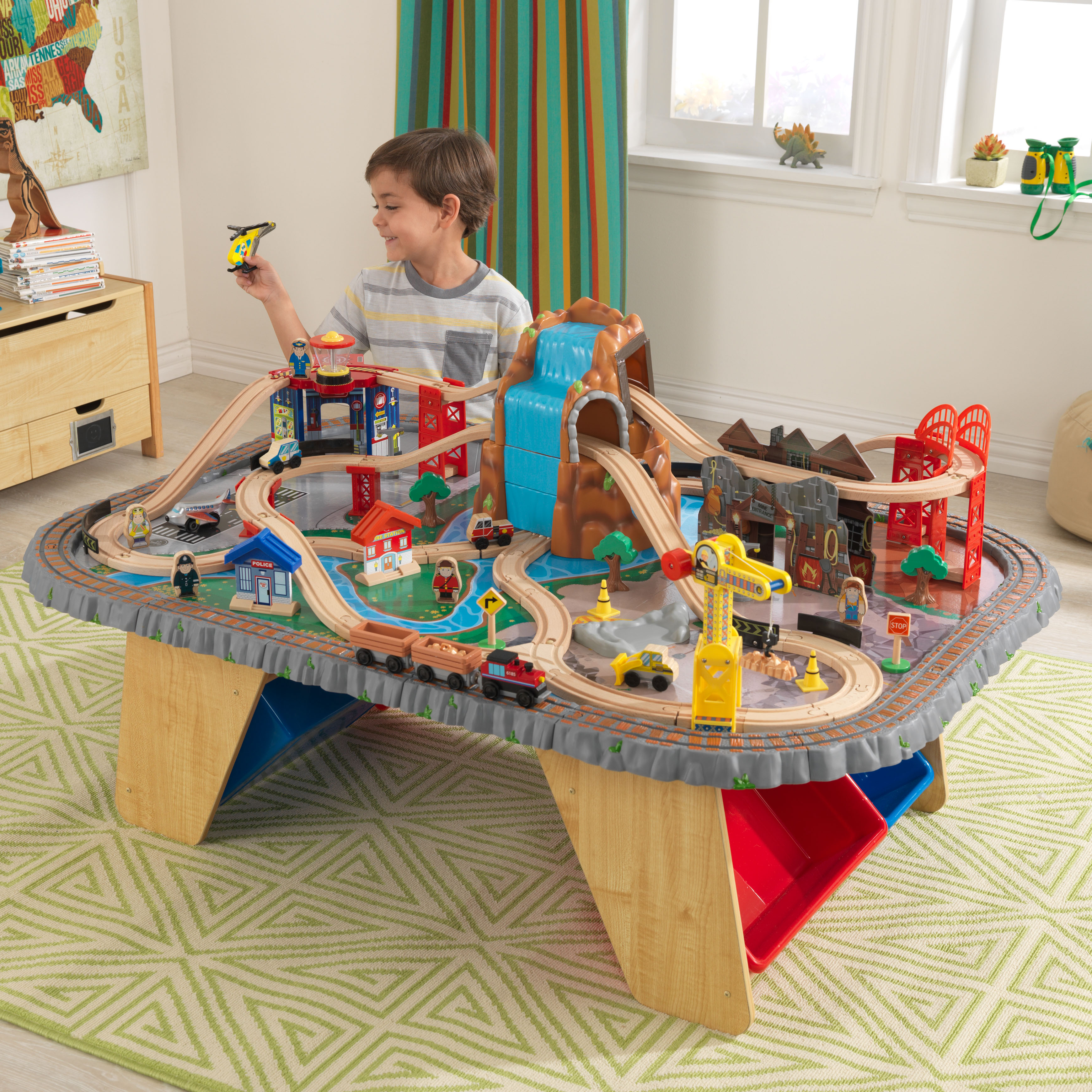 KidKraft Waterfall Junction Train Set & Table with 112 accessories included by KidKraft